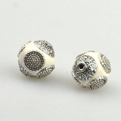 indonesia-beads-wit-zilver