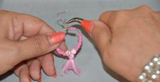 diy-stap3-oorbellen-vastmaken-oorbelhaakje